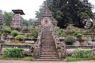 Hindu temple in Bali, Pura Kehen, holiday in bali