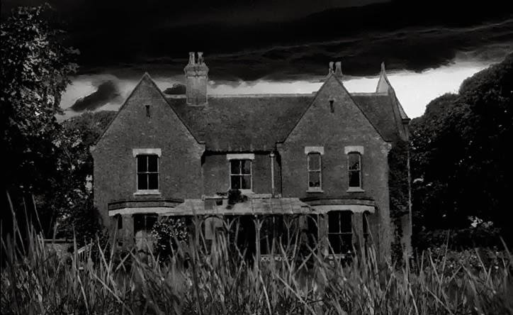 fantasmas, terror, medo, assombração, casas, locais, lugares, aterrorizante, aparição, espectro