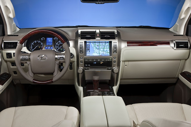 interior view of 2013 Lexus GX460