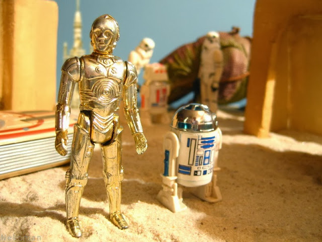 Deathstar R2-D2 Action Figure Hasbro Vintage Star Wars A New Hope Empire Strikes Back Return of the Jedi