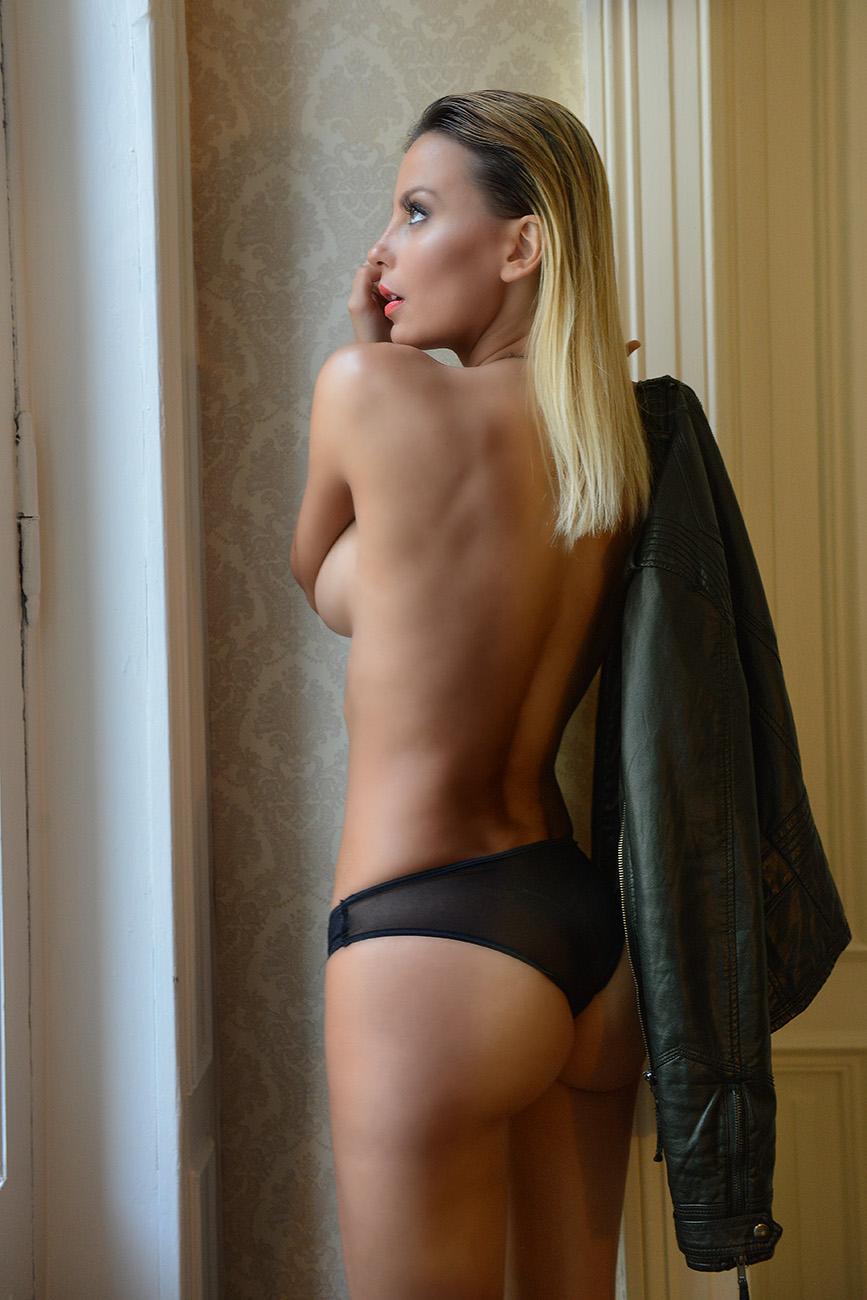 argentina women wearing thong