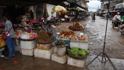 рынок, камбоджа, хлеб, бананы