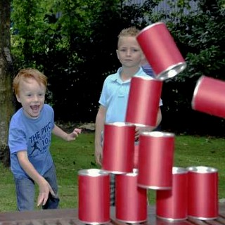 Finalidades de los juegos con latas