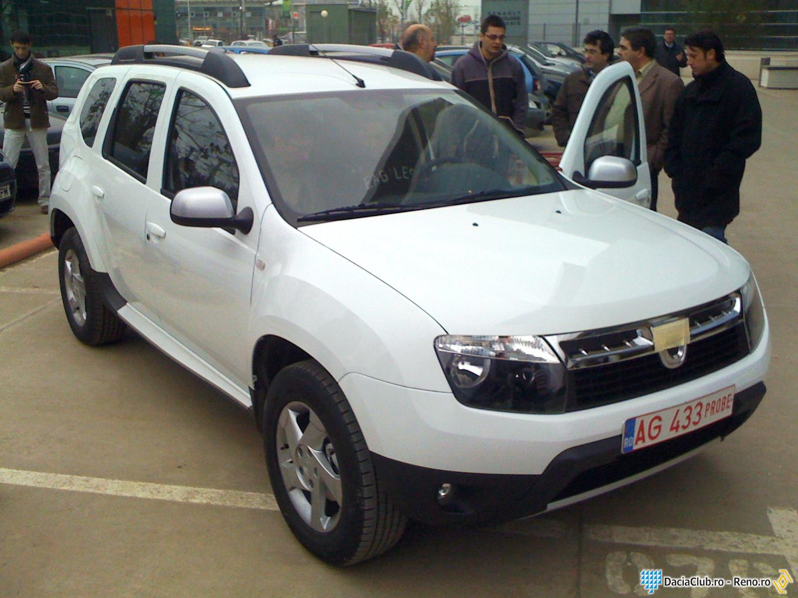 latestcars launch 2011 dacia duster. Black Bedroom Furniture Sets. Home Design Ideas