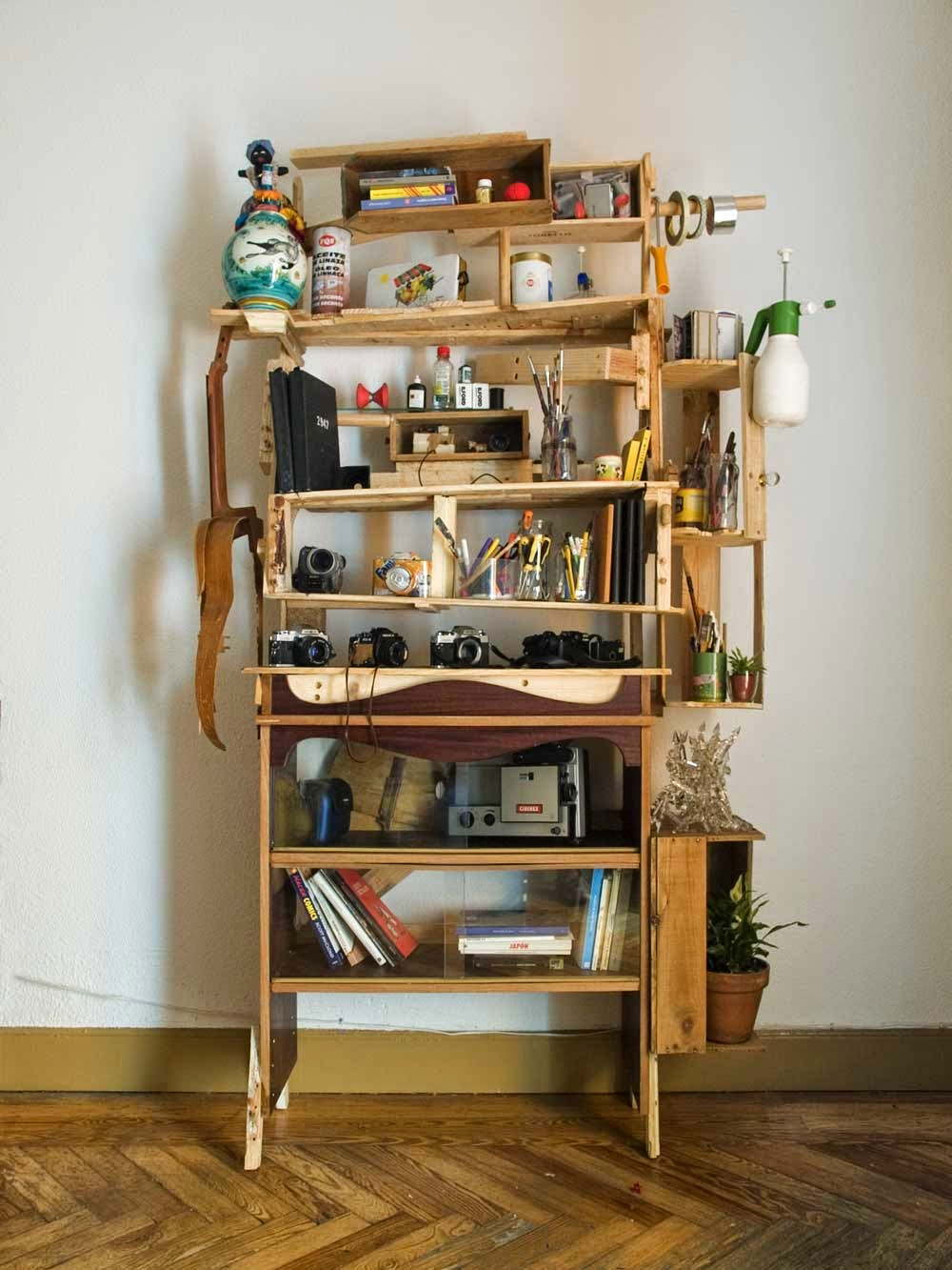 Cajas de frutas y tarimas de madera al estilo hipster | .