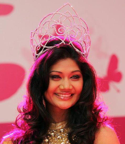 Derana Veet Miss Sri Lanka 2012 winner Sumudu Prasadini
