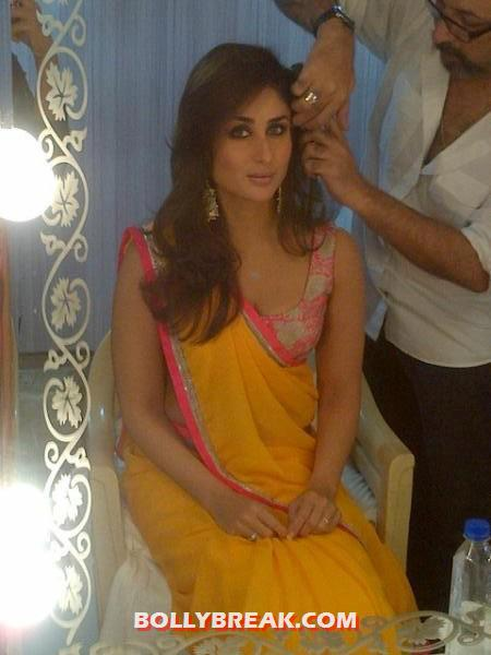 Kareena Kapoor make up room indian idol 6 - (5) - Kareena Kapoor in Orange Saree at Indian Idol 6