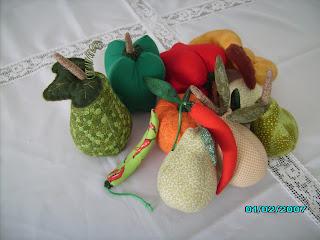 artesanato em tecido, frutas em tecido, legumes em tecido