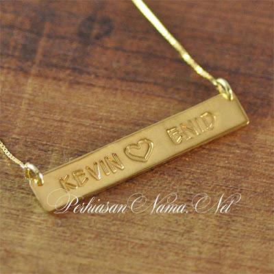 kalung nama lapis emas