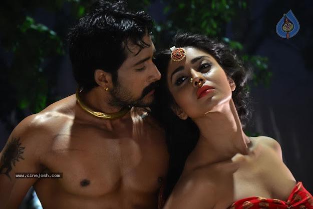 shriya saran close up with hero   shriya saran super hot photos from