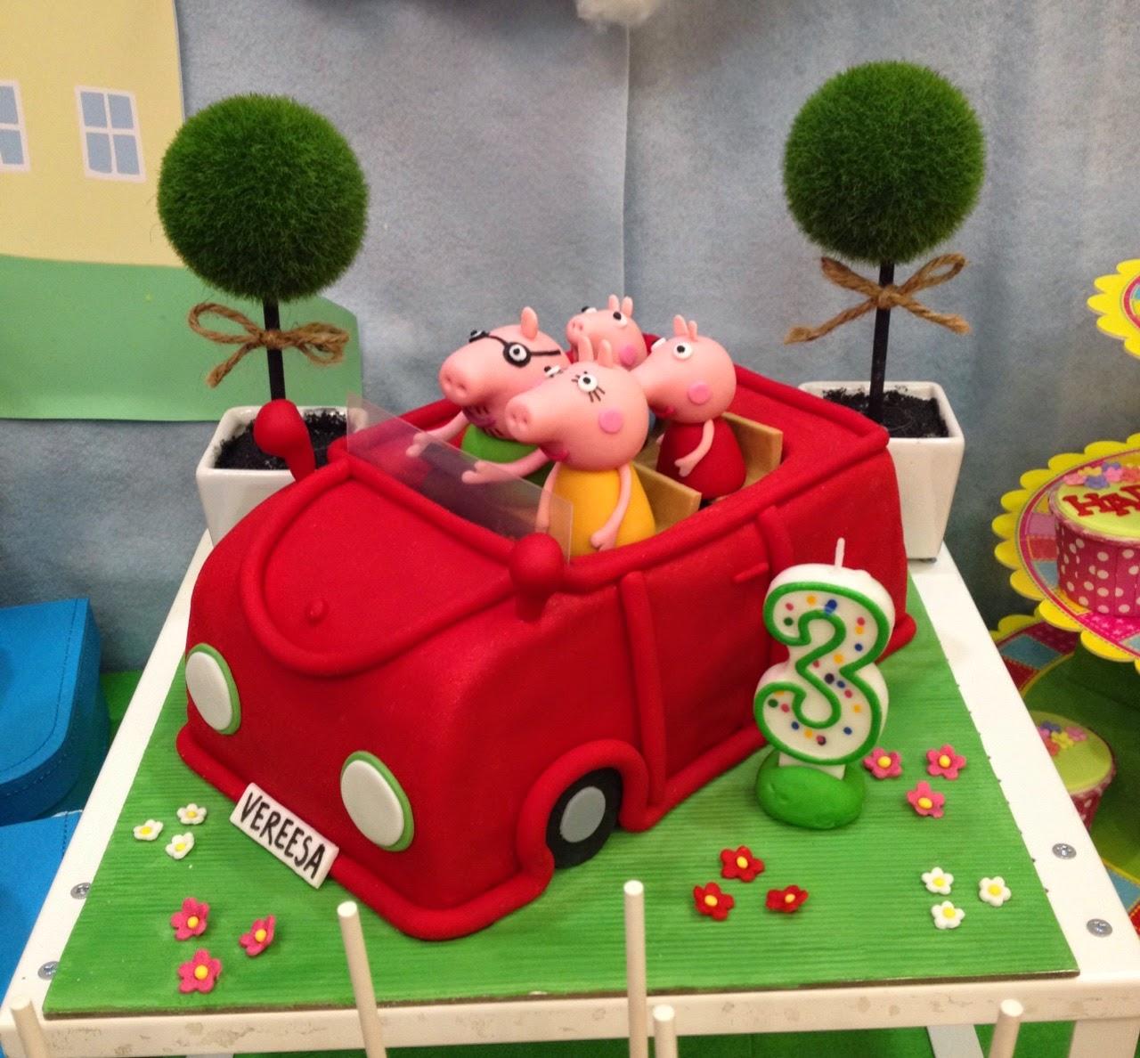 Peppa Pig Car Cake Cookies And Cake Pops Crissas Cake Corner