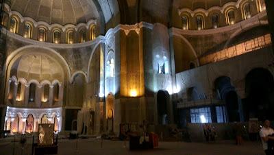 Interior de San Sava