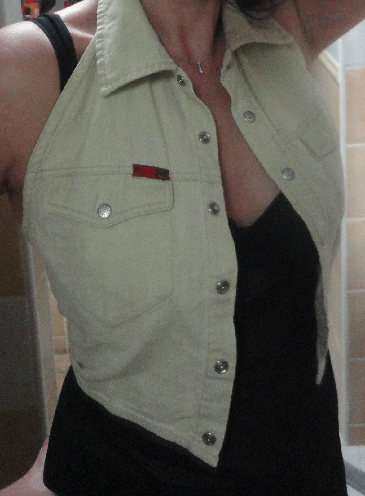 Miss coco vide son dressing montpellier h rault 34 mini veste en jeans lee cooper original - Vide dressing montpellier ...