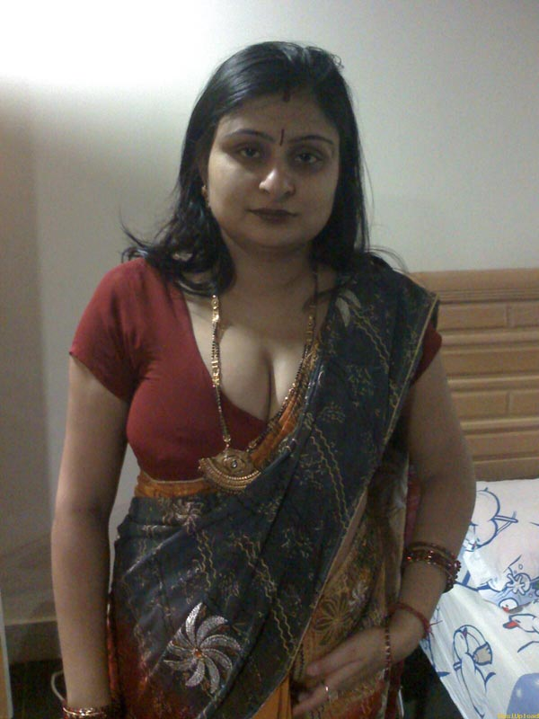 Indian pussies north indian aunty milk juggs 2 for Hot images blog