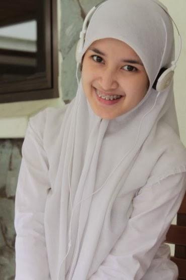 Siti Avifa Rosiana Dewi - YouTube