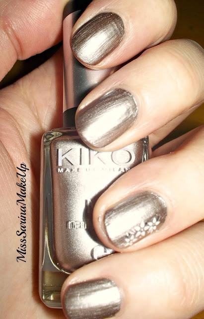 Quello che so sui cosmetici specchio delle mie brame - Specchio ad unghia ...