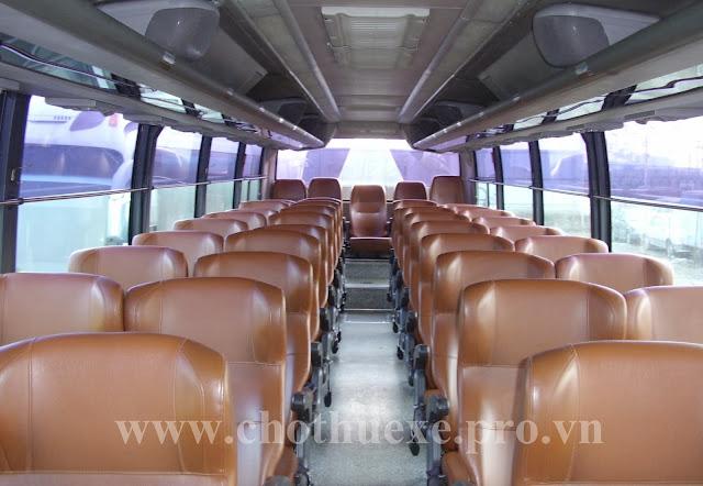 Cho thuê xe 45 chỗ Hyundai Aero Space 1