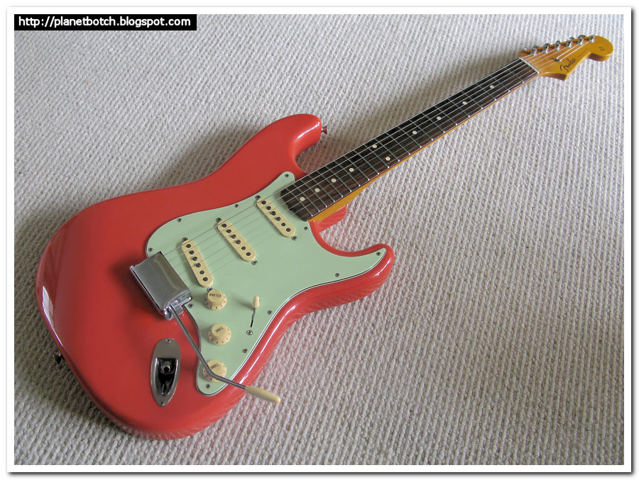 Fender MIJ hybrid '62 reissue / Hank Marvin Stratocaster