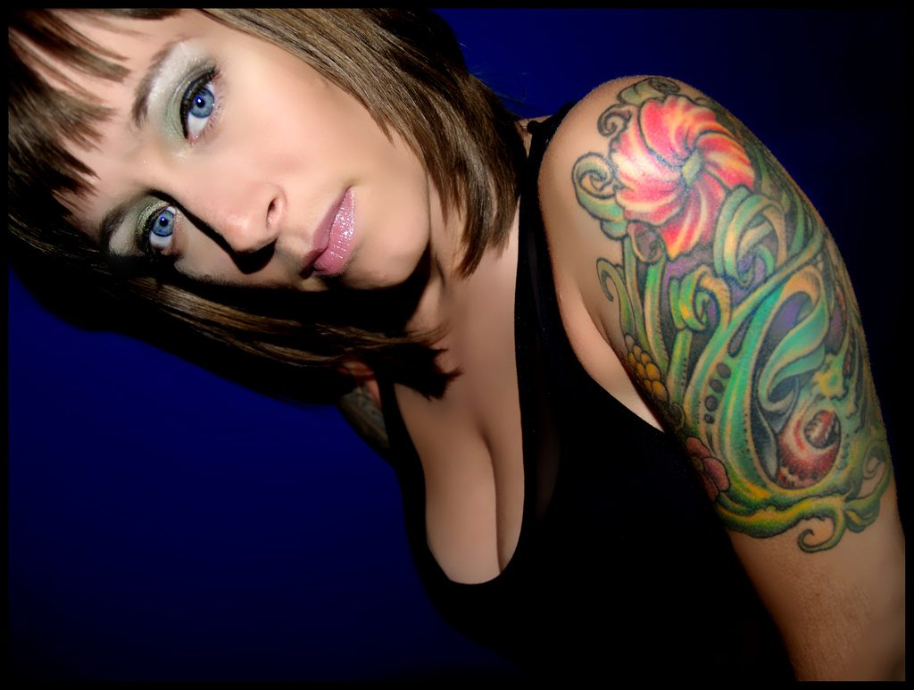 Greatest tattoos designs amazing half sleeve tattoos for for Tattoo sleeve ideas girl