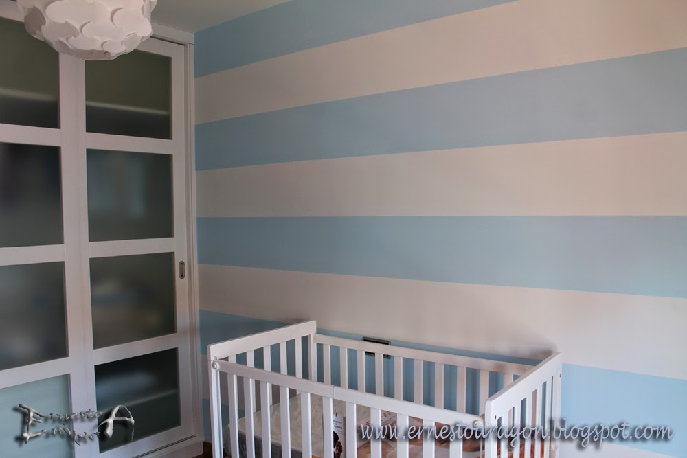 Ernesto arag n pintura para el hogar una vuelta de - Habitaciones pintadas con rayas ...