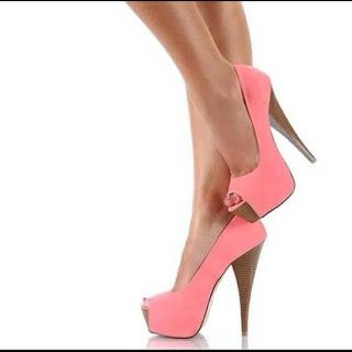gambar model sepatu wanita terbaru