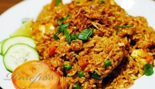 Nasi Goreng Tabur Lele Renyah