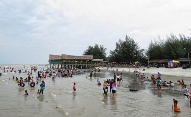 wisata pantai di Medan