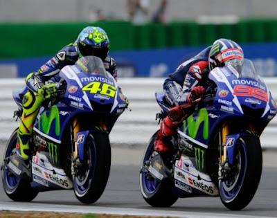 Bos Yamaha Imbau Rossi - Lorenzo Tak Bentrok Hingga GP Valencia