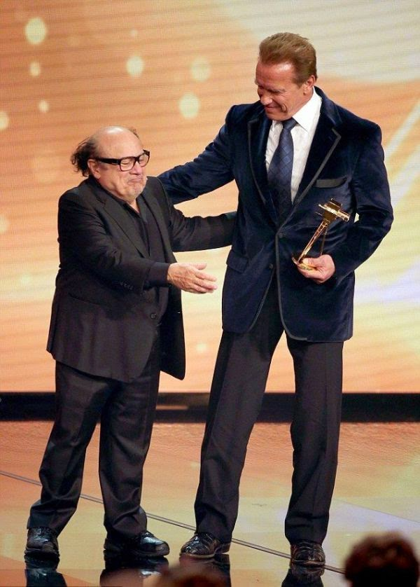 Learned that the cast wanted to show, the 70-year-old, Arnold Schwarzenegger cared about his entertainment dignity by all getting together with Danny DeVito, 67, at Germany's Golden Camera Awards in Hamburg on Friday, February 27, 2015.