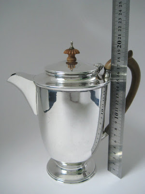 Superb Large Solid Sterling Silver Coffee Pot London 1943 ~ Scrap Wt 640.0g Ttl
