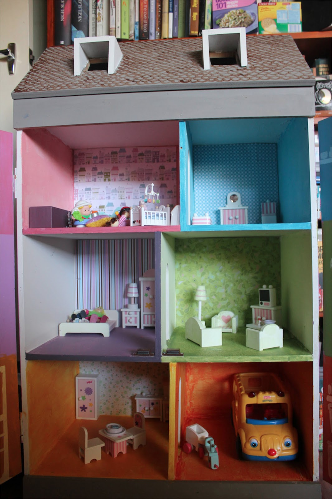 Scrapbook paper dollhouse wallpaper - At The Back Of Each Room Is Wallpaper Made Of Scrapbooking Paper Note The Rooms Are Quite Big And The Scrapbooking Paper Is A