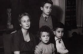 Leopoldo con Michi, Juan Luis y Felicidad Blanc