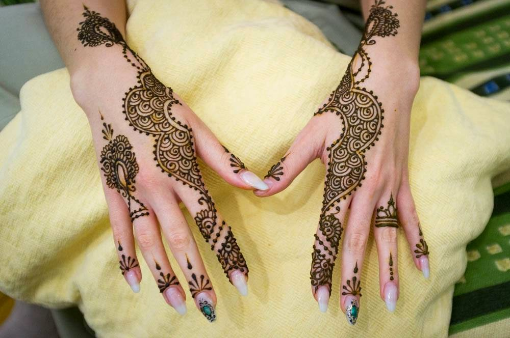 My mehndi art easy and simple mehndi designs that you can do by if you are new to mehndi then you may like to settle for one of the simple mehndi designs at first and we have a very apt design just for you solutioingenieria Image collections