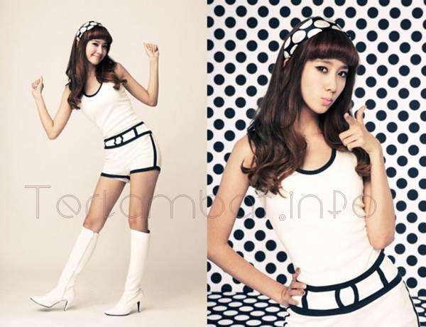 Yoona SNSD tahun 2010 Hoot
