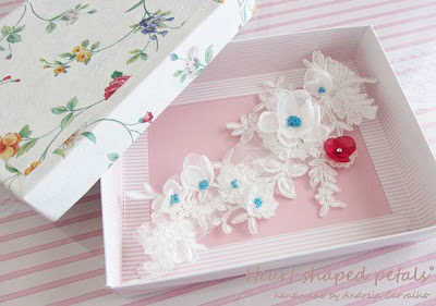 Bridal lace garter white and red flowers