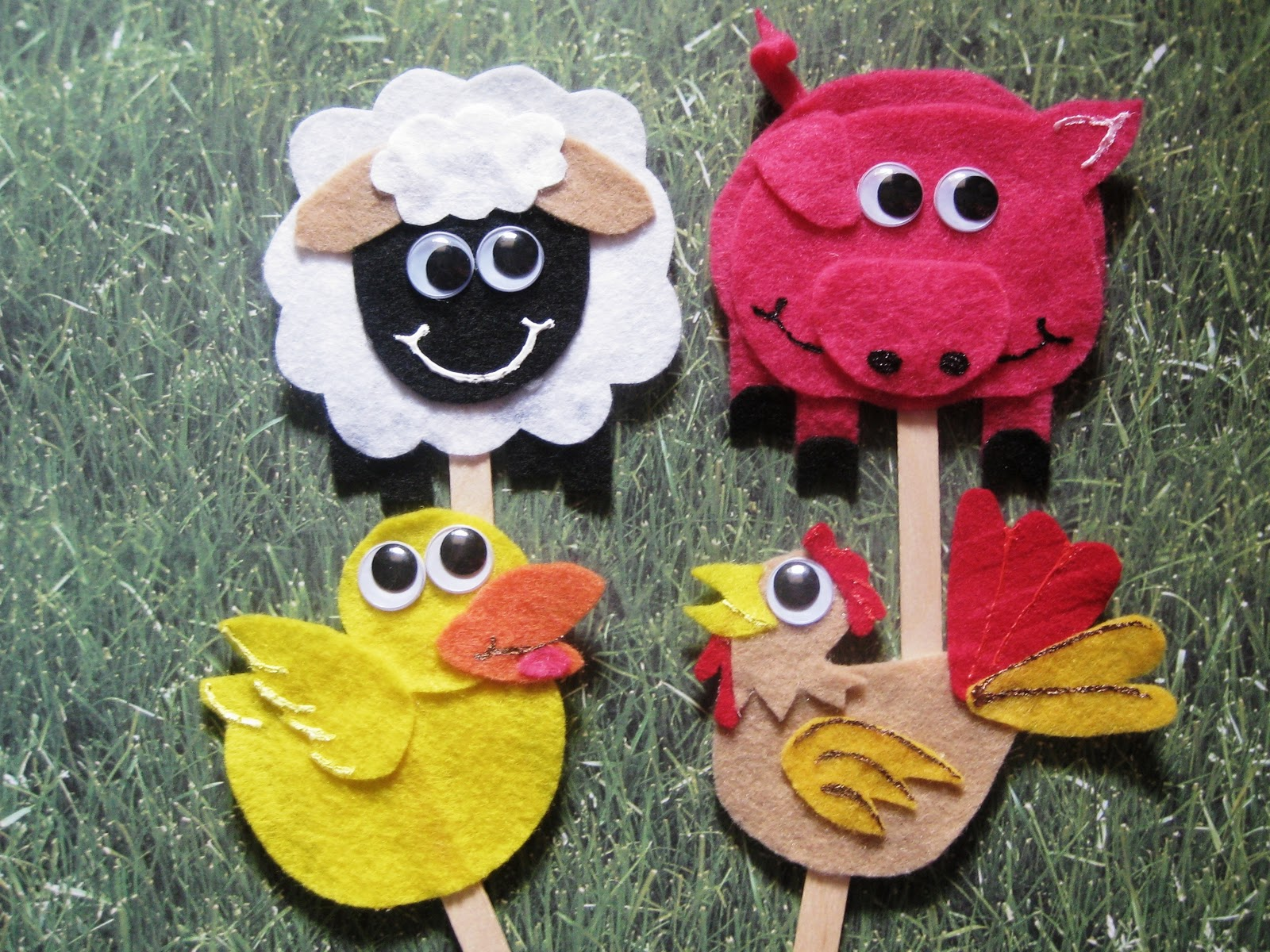 Ashley 39 s craft corner farm animals on a stick for Animals art and craft for preschoolers