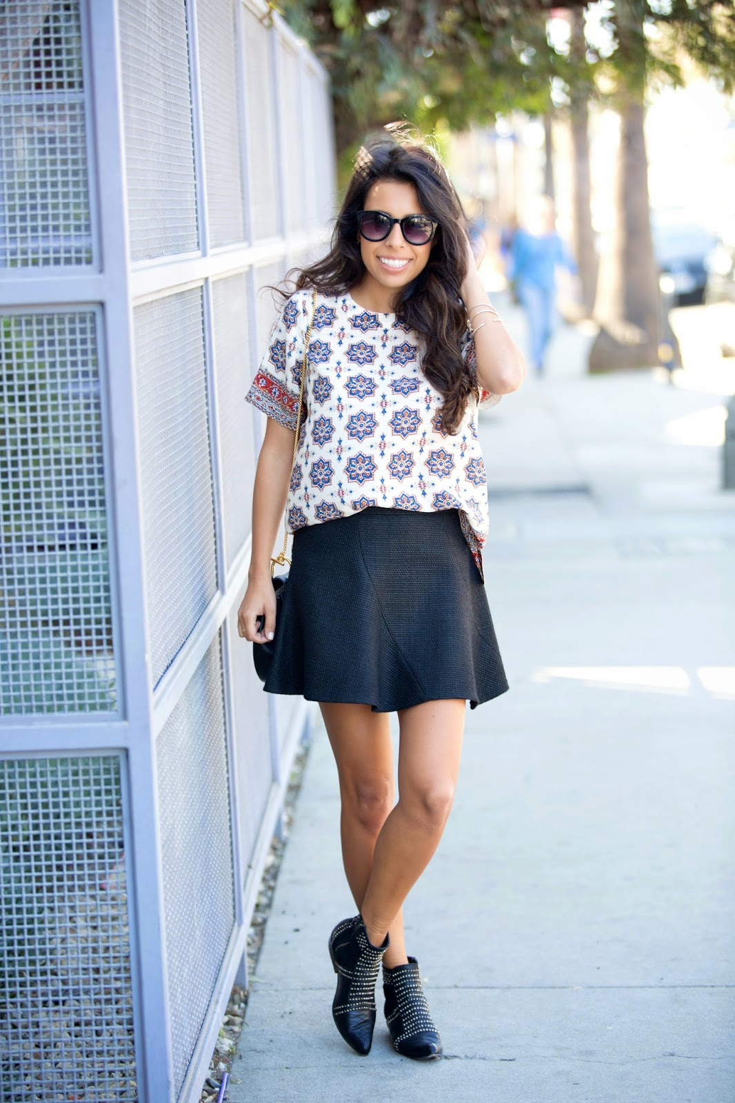 Abbot Kinney Spring Fashion, Chloe Drew Bag, Madwell top, Zara skirt, Anine Bing  booties