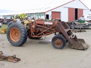 EQ-25321 Allis Chalmers WD45 tractor