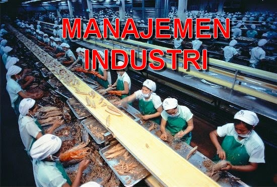 pengertian masyarakat industri Pengertian industrialisasi sering dikaitkan dengan perubahan – perubahan di bidang teknologi, seperti adanya proses pengenalan dan perluasan metode teknis.