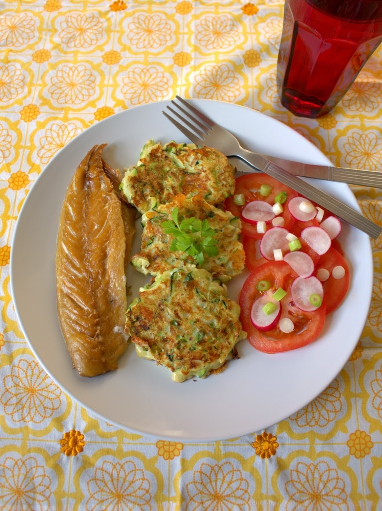 Cheddar and Spring Onion Courgette Fritters
