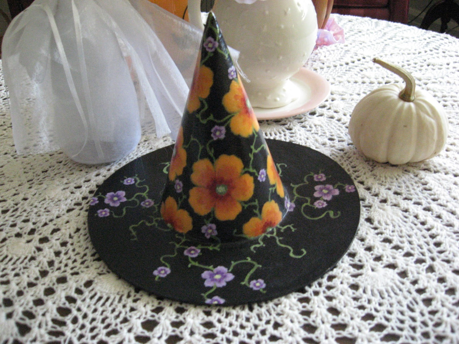aquaraine 39 s art journal paper mache witches hat. Black Bedroom Furniture Sets. Home Design Ideas