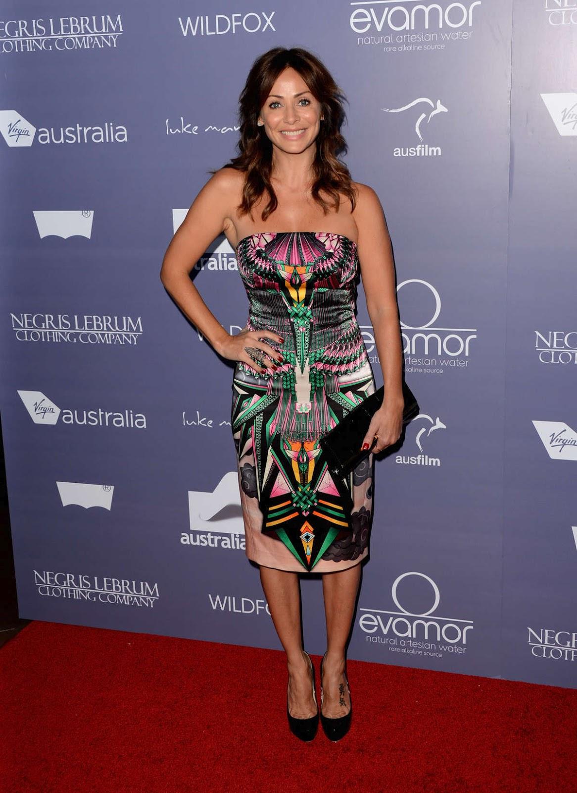 http://3.bp.blogspot.com/-sl-7Y6Xsu7Q/T-yFBd1sosI/AAAAAAAAHMA/iXFv6i8FEjE/s1600/Natalie+Imbruglia+Australians+In+Film+Awards+Dinner+01.jpg