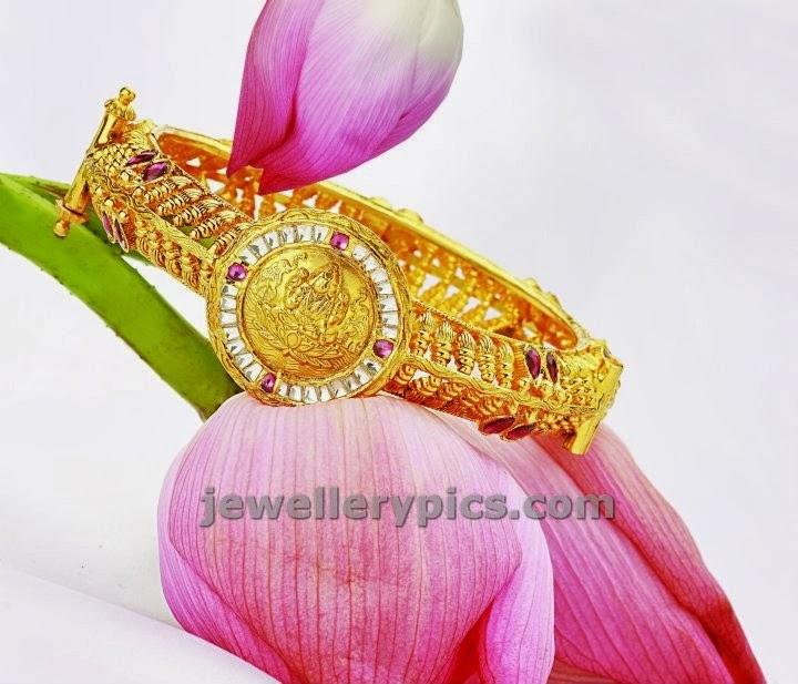 lakshmi bangle