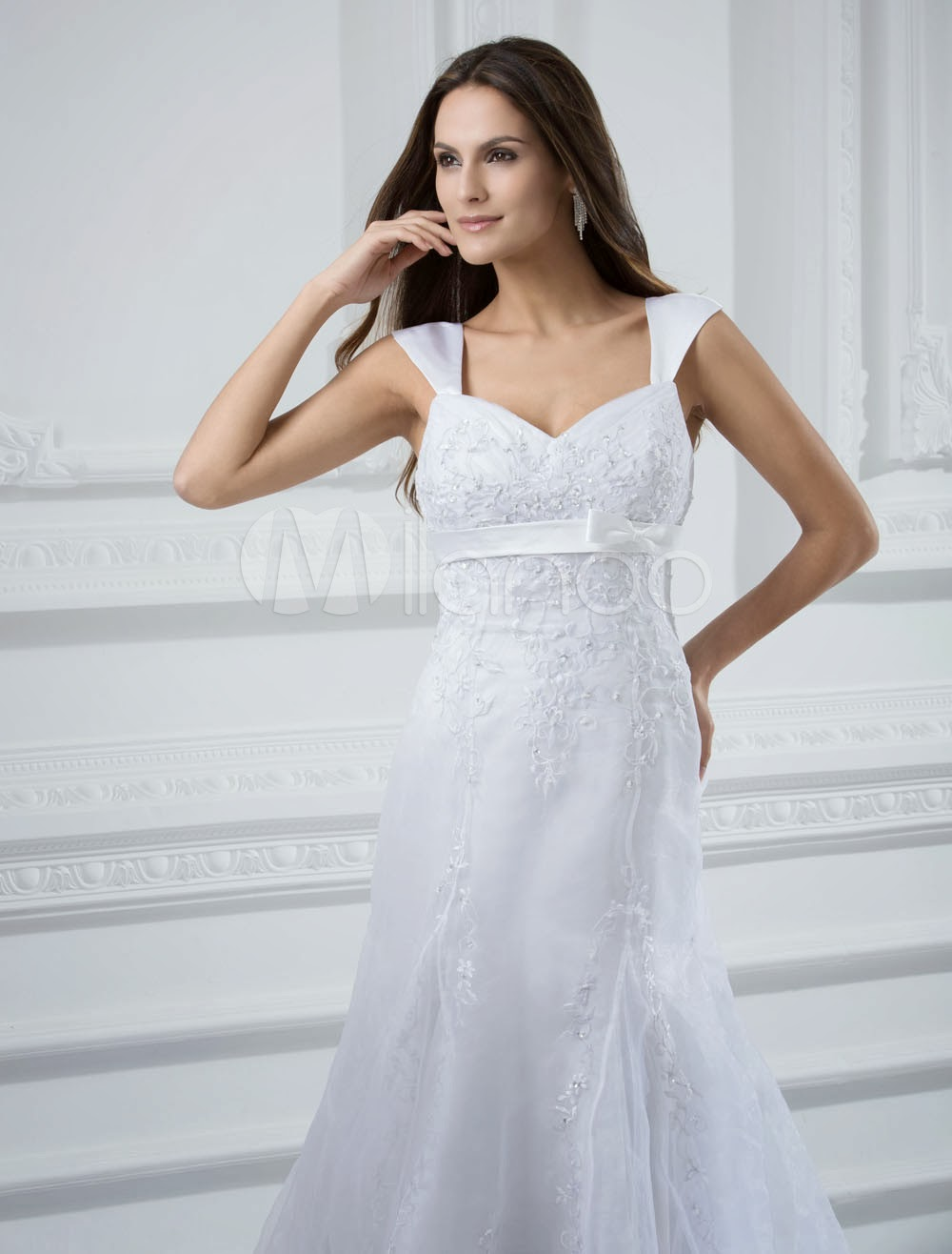 China Wholesale Dresses - Chic White Satin Sweetheart Neck Beading A-line Wedding Dress For Bride
