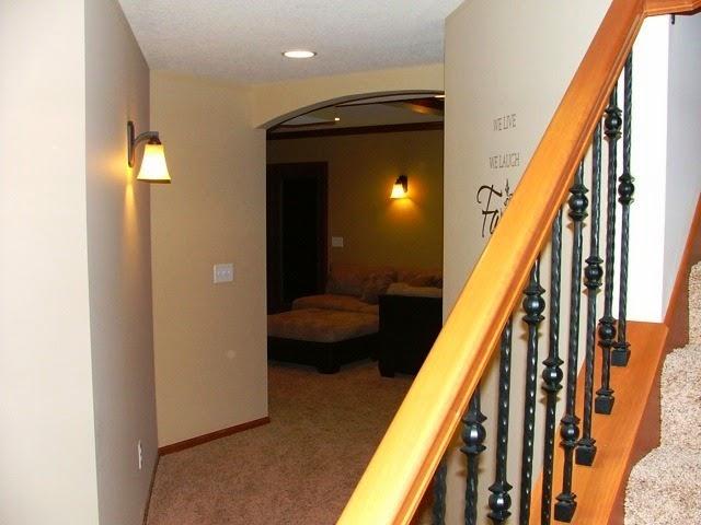 paint colors basement hallway