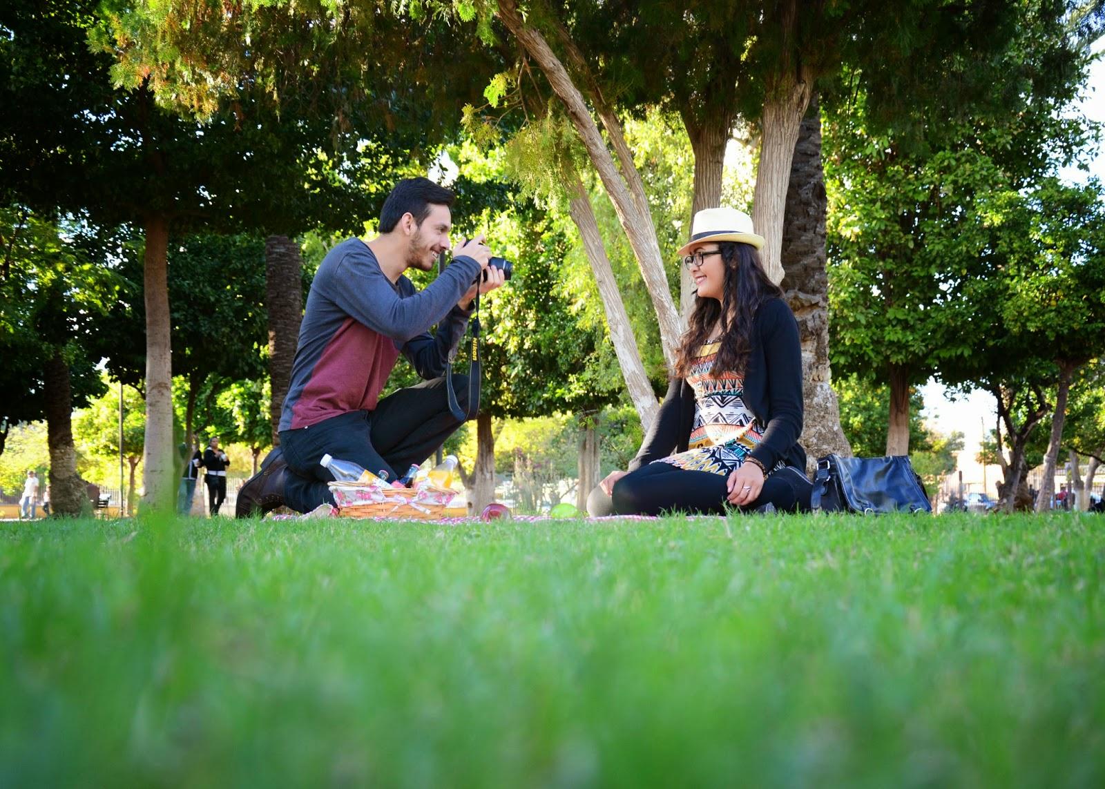 Resultado de imagen para picnic bajo sombra
