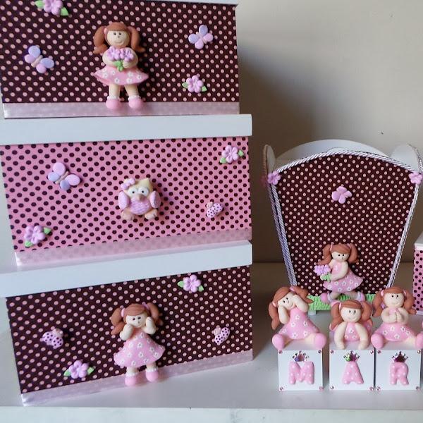 Kit de Bebe e Cubos de Menininhas