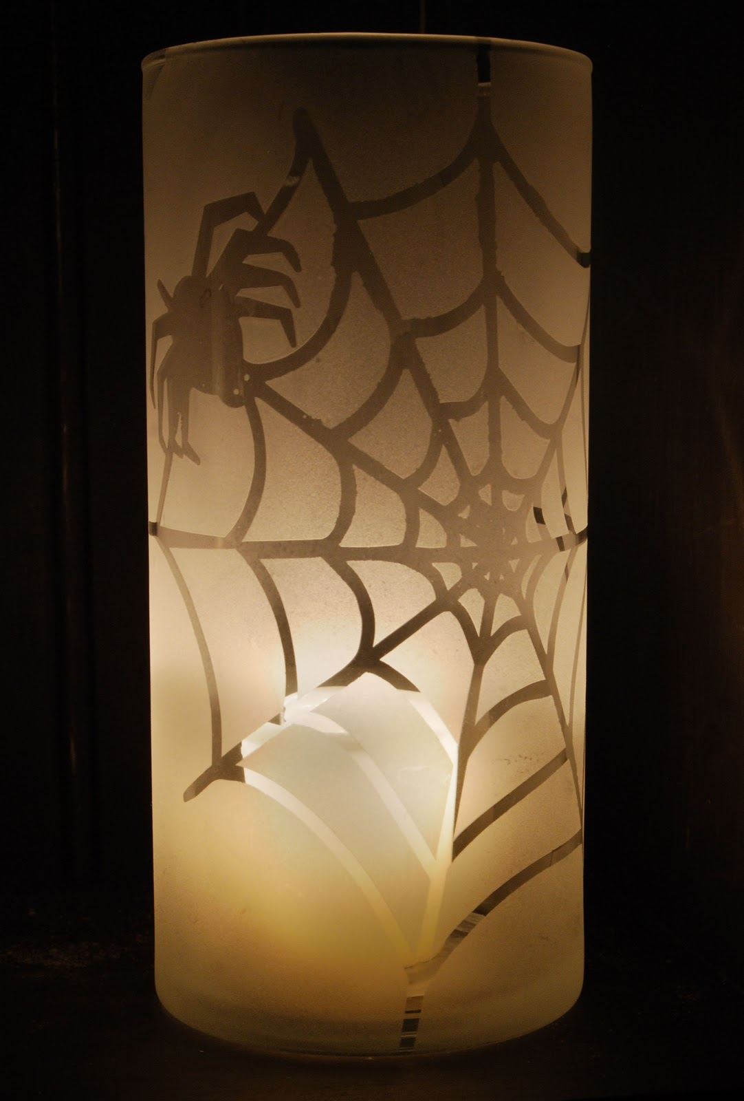 Burton avenue frosted glass halloween candle holders - Decoration halloween facile a faire ...