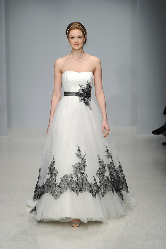 Sadie bloom designs black and white weddings elegant for Alfred angelo black and white wedding dress