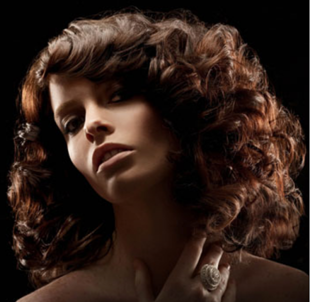 fashion hairstyles women curly